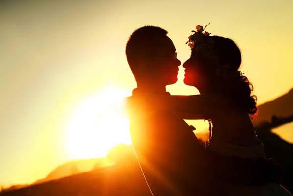 心理科普   你以为的一见钟情,不过是遇上另一个性别的自己